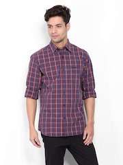 Wrangler Men Maroon & Blue Checked Casual Shirt