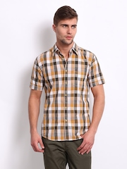 Wrangler Men Orange & Grey Checked Casual Shirt
