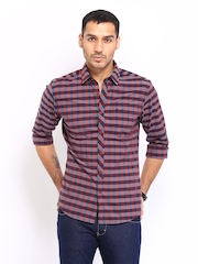 Wrangler Men Maroon Checked Casual Shirt