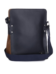 Yelloe Men Navy Messenger Bag