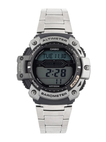 Casio Men Steel-Toned Digital Watch S061