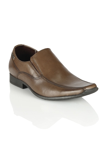 Red Tape Men Brown Formal Shoes
