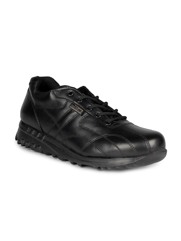 Force 10 Men Black Shoes