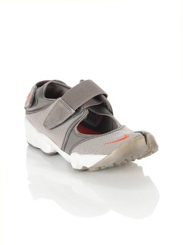 Nike Women Air Rift Grey Shoes