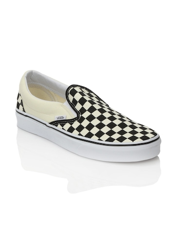 Vans Unisex Classic Slip-On Black Shoes