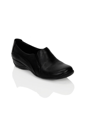 Clarks Women Coffee Leather Black Heeled Shoes