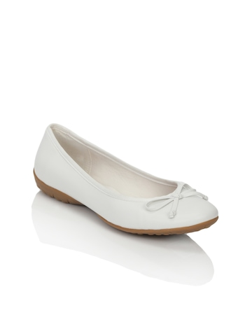 Clarks Women Arizona Heat Leather White Shoes