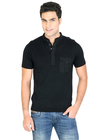 United Colors of Benetton Men Short Black T-shirt
