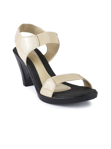 Catwalk Women Casual Beige Sandals