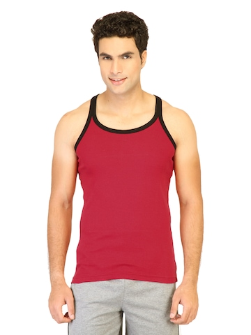 Hanes Men Racer Back Red Innerwear Vests