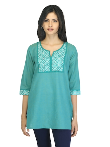 Aurelia Women Printed Green Kurti