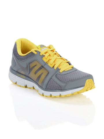 Nike Men Dual Fusion Grey Sports Shoes
