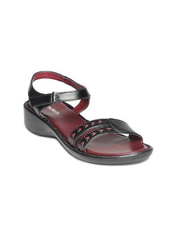 Senorita Women Black Sandals