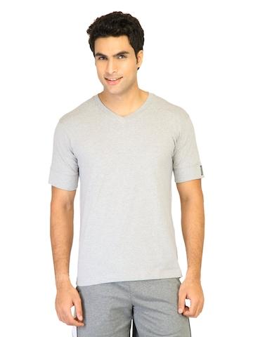 Hanes Men Grey V DuoDry Body Fit V-Neck T-shirt