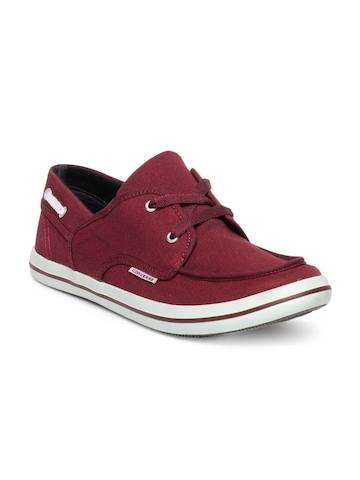 Converse Men Maroon Shoes