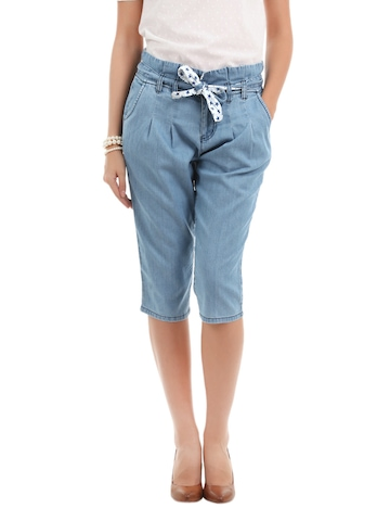 Elle Women Blue Capris