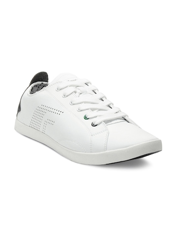 F Sports Men White Charger Shoes