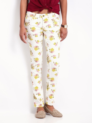 Flying Machine Women Off-White Floral Print Twiggy Super Skinny Fit Jeans at myntra