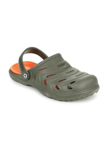 Globalite Men Olive and Orange Fenoti Sandals