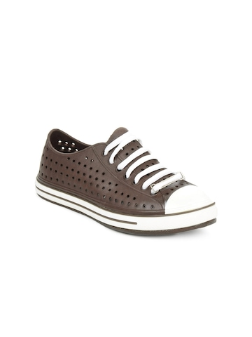 Globalite Women Brown Casual Shoes