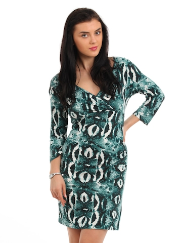Latin Quarters Women Green Printed Dress
