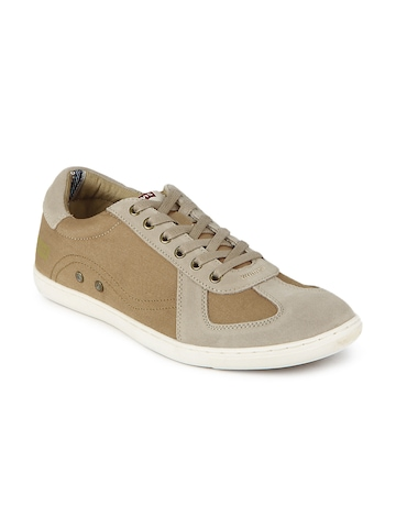 Levis Men Brown Casual Shoes at myntra