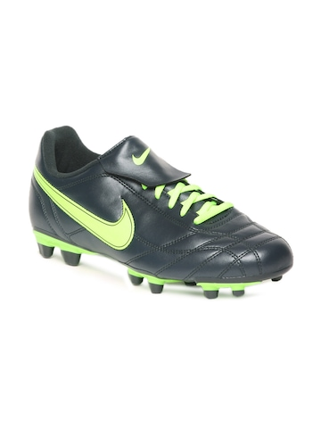 Nike Men Dark Green Egoli Fg Sports Shoes