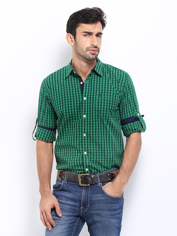 fbb549b94 Buy Roadster Men Slim Casual Shirts At Rs 599 On Myntra Deal Of The Day