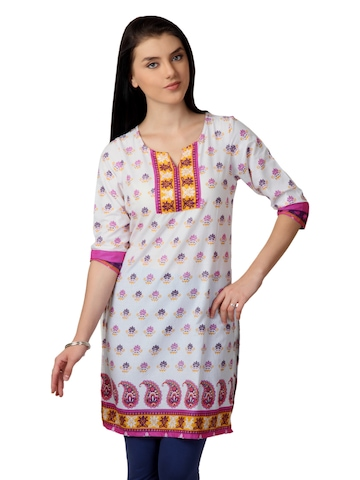 Vishudh Women White Printed Kurta