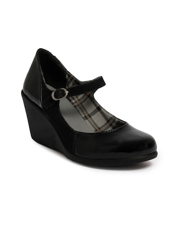 Catwalk Women Lifestyle Black Wedges