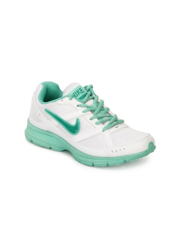 Nike Women Diffusion White Sports Shoes