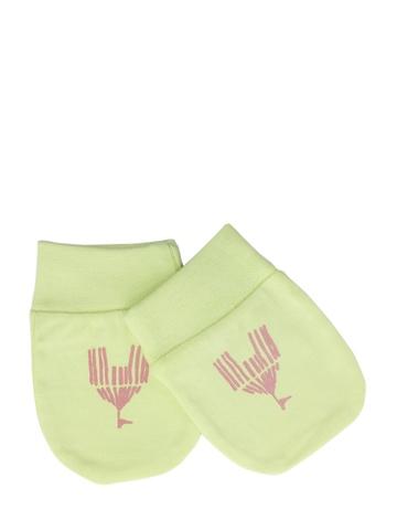 Madagascar 3 Infant Girls Light Green Mittens