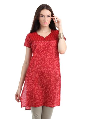 Vishudh Women Red Kurta