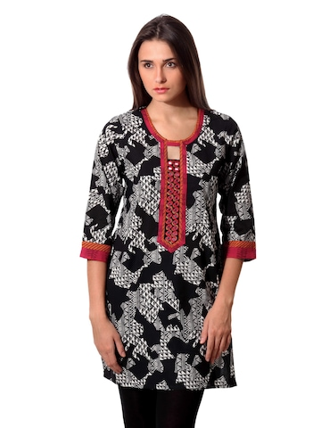 Aneri Women Black & White Printed Kurta
