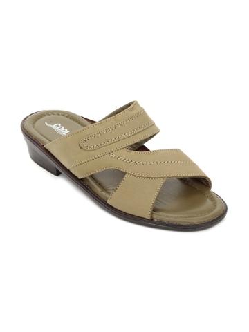 Coolers Men Brown Sandals