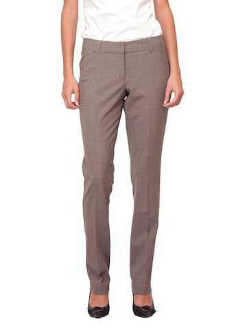 Scullers For Her Light Brown Trousers