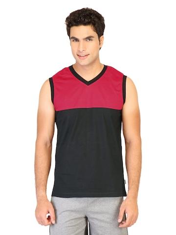 Hanes Men Sleeveless V Neck Red Innerwear T-shirt