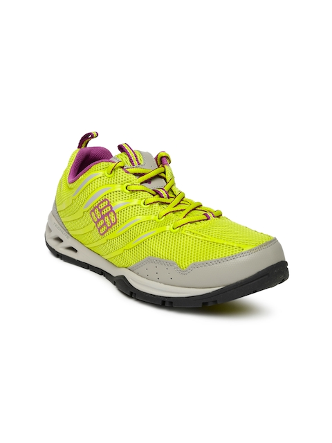 Columbia Women Yellow Drainmaker Fly Walking Shoes