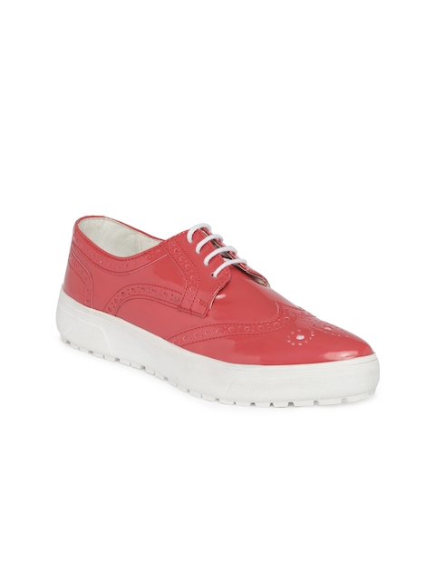 Knotty Derby Women Coral Pink Glossy Brogues