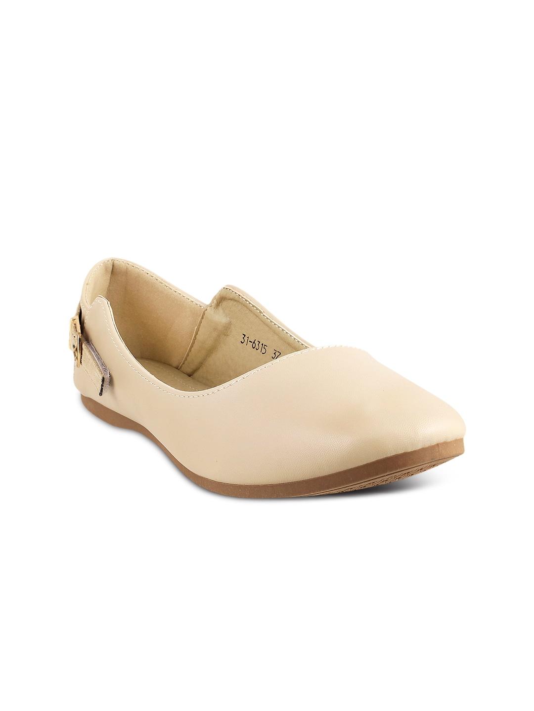 Metro Women Beige Flat Shoes