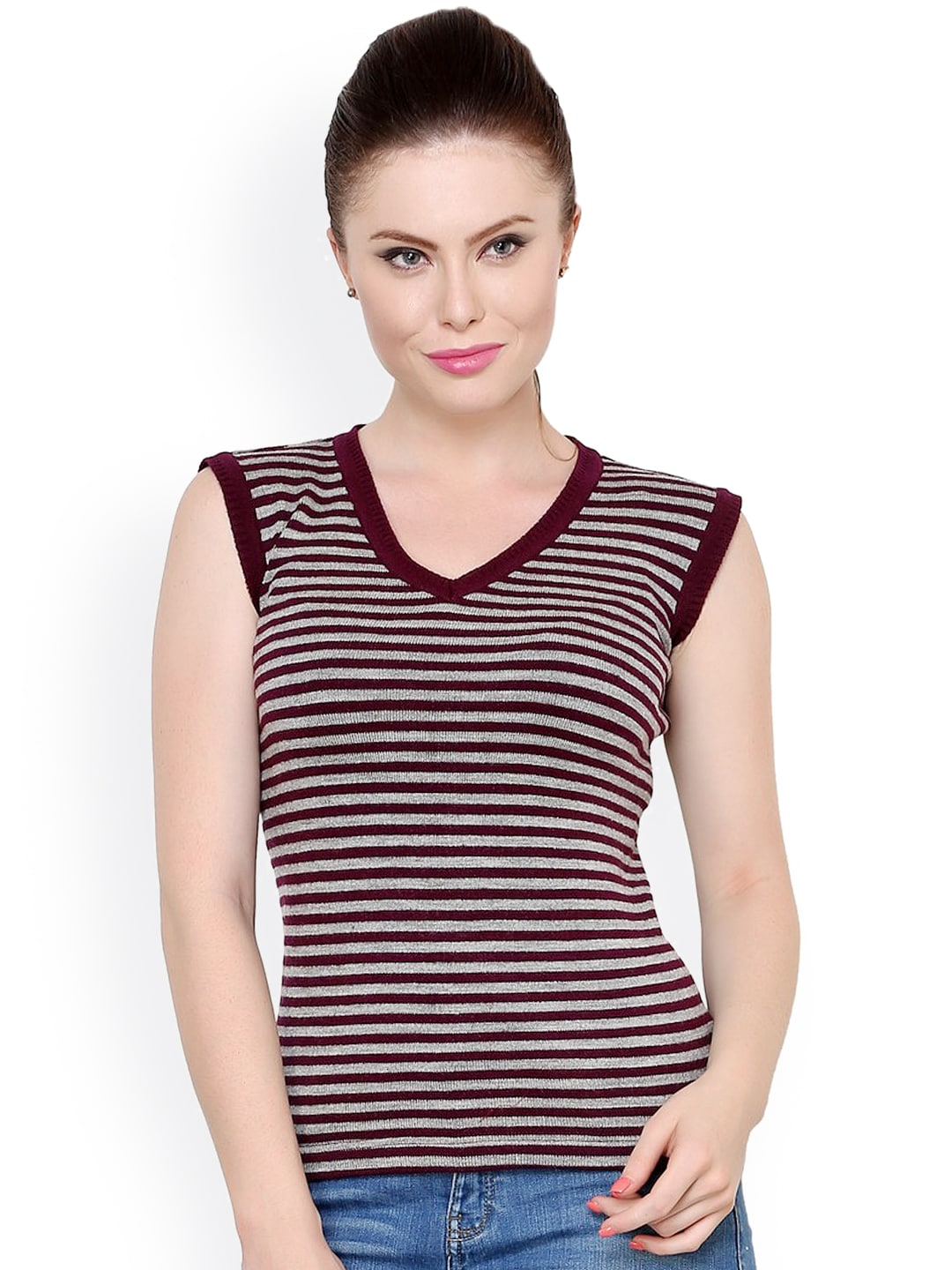 4ad72c77a4010a Women Sleeveless Sweaters - Buy Women Sleeveless Sweaters online in India
