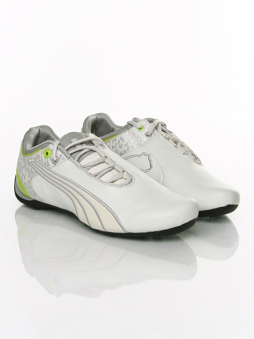 Buy Puma Women White Future Cat M2 NM Casual Shoes 1404458 ... 08dbc0222