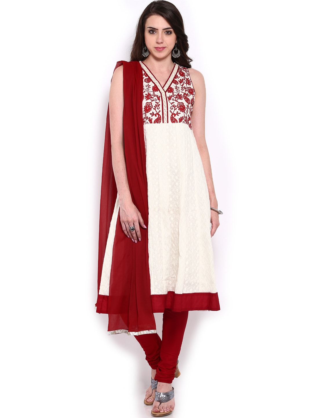 Lifestyle Melange By Lifestyle Women White & Maroon Embroidered Churidar Kurta With Dupatta (Multicolor)