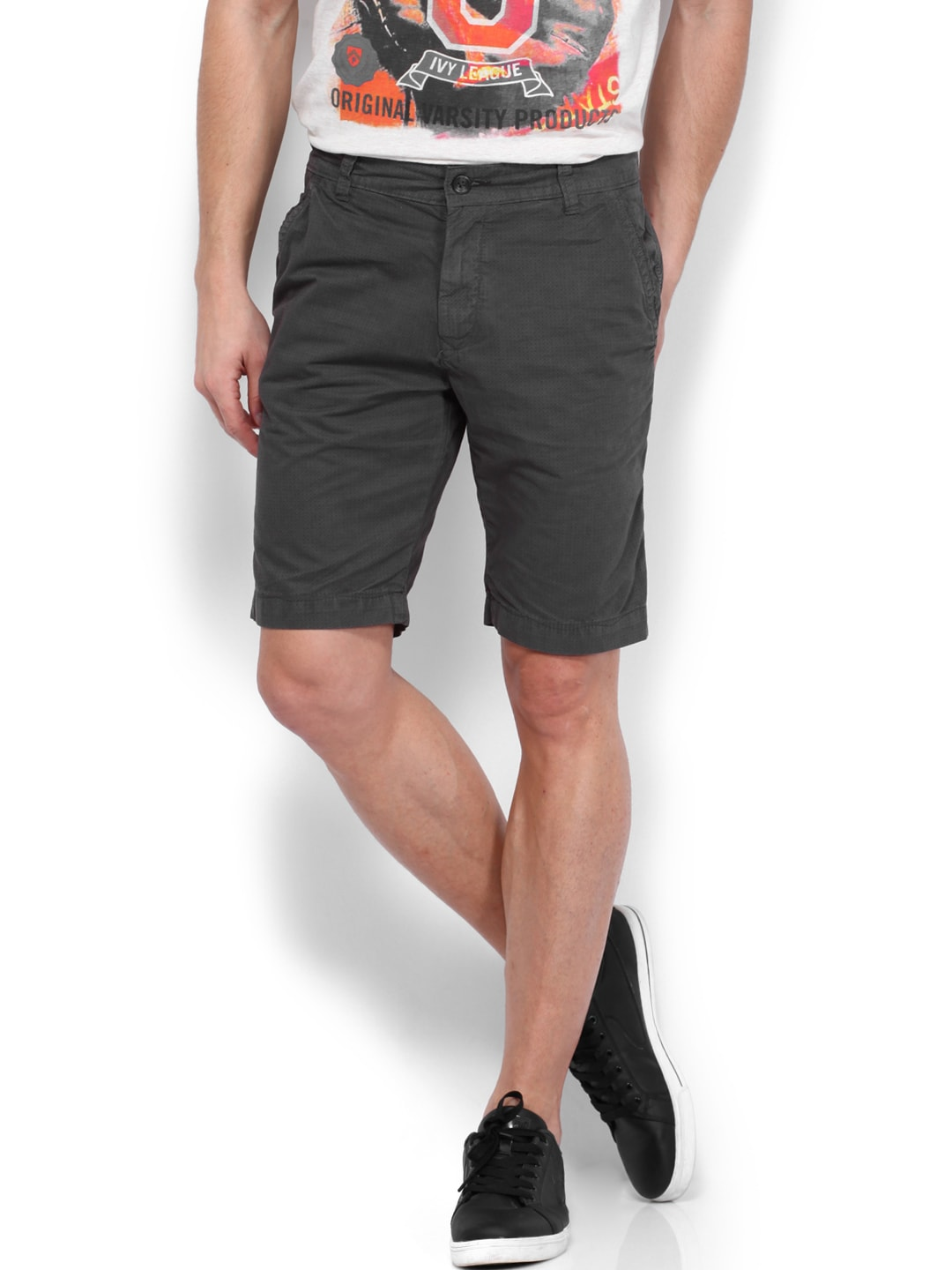 People People Men Charcoal Grey Shorts (Multicolor)
