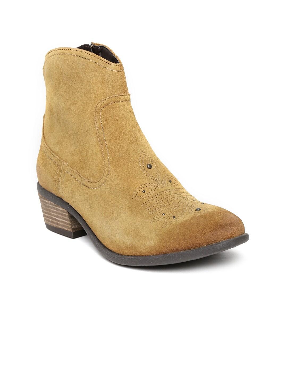 Clarks Women Mustard Yellow Suede Heeled Boots