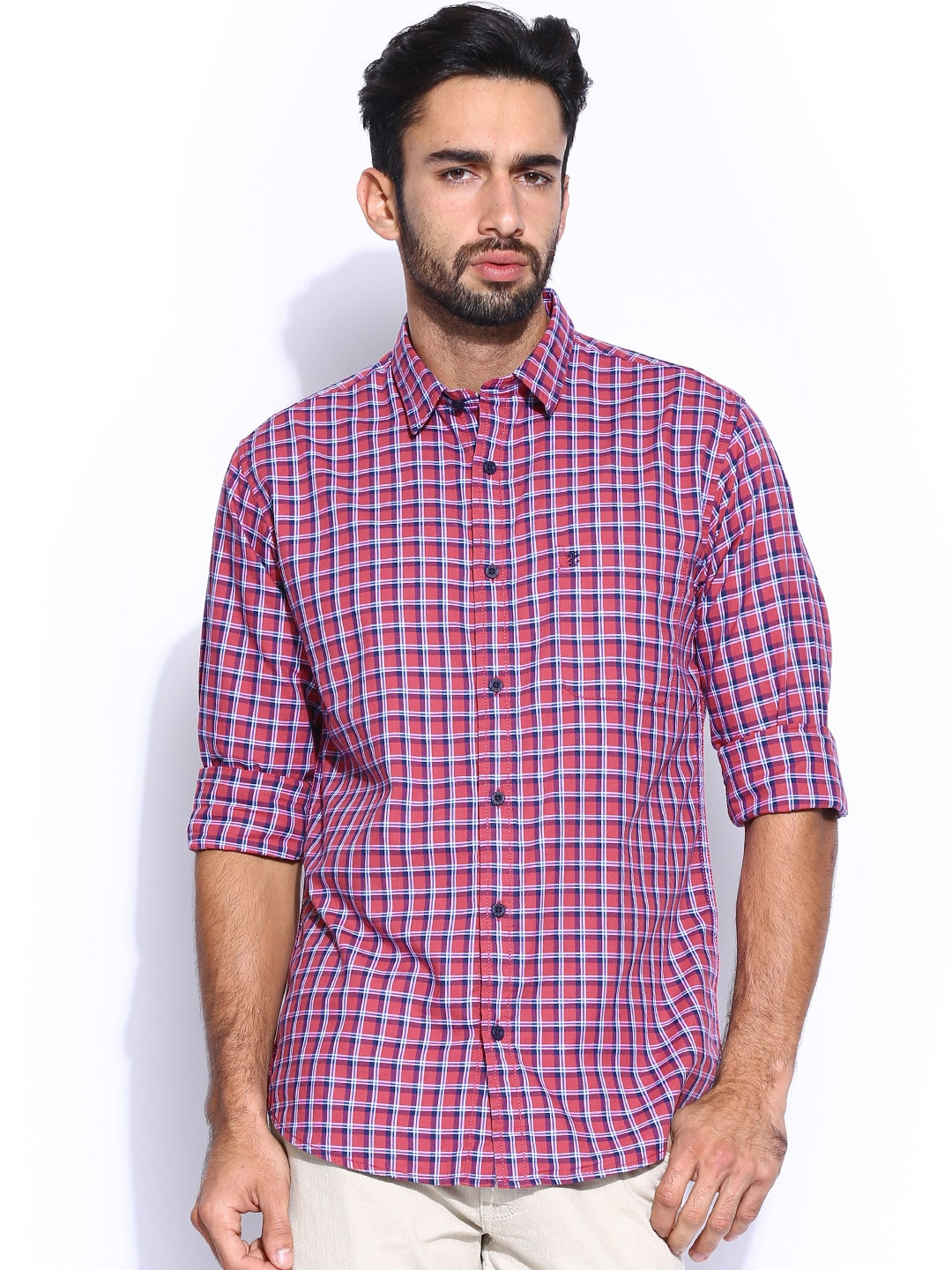 IZOD Men Red & Blue Checked Slim Fit Casual Shirt