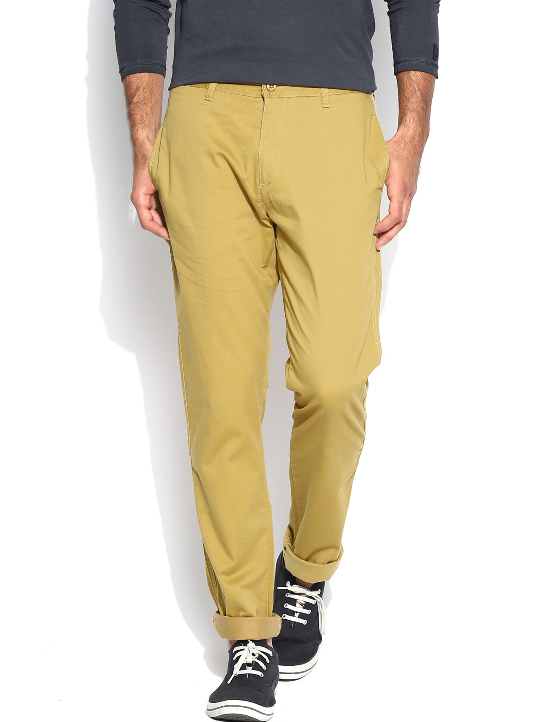 IZOD Men Khaki Slim Fit Trousers