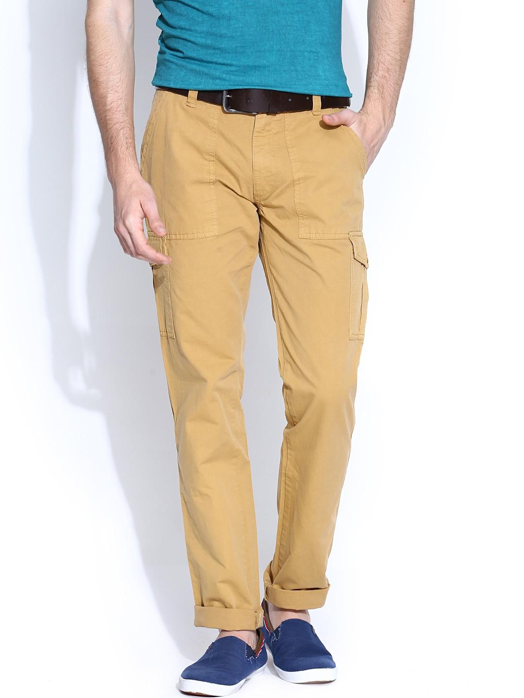 IZOD Men Khaki Slim Fit Cargo Trousers