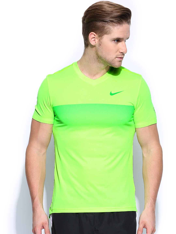6574e9b91864 nike t shirts mens green
