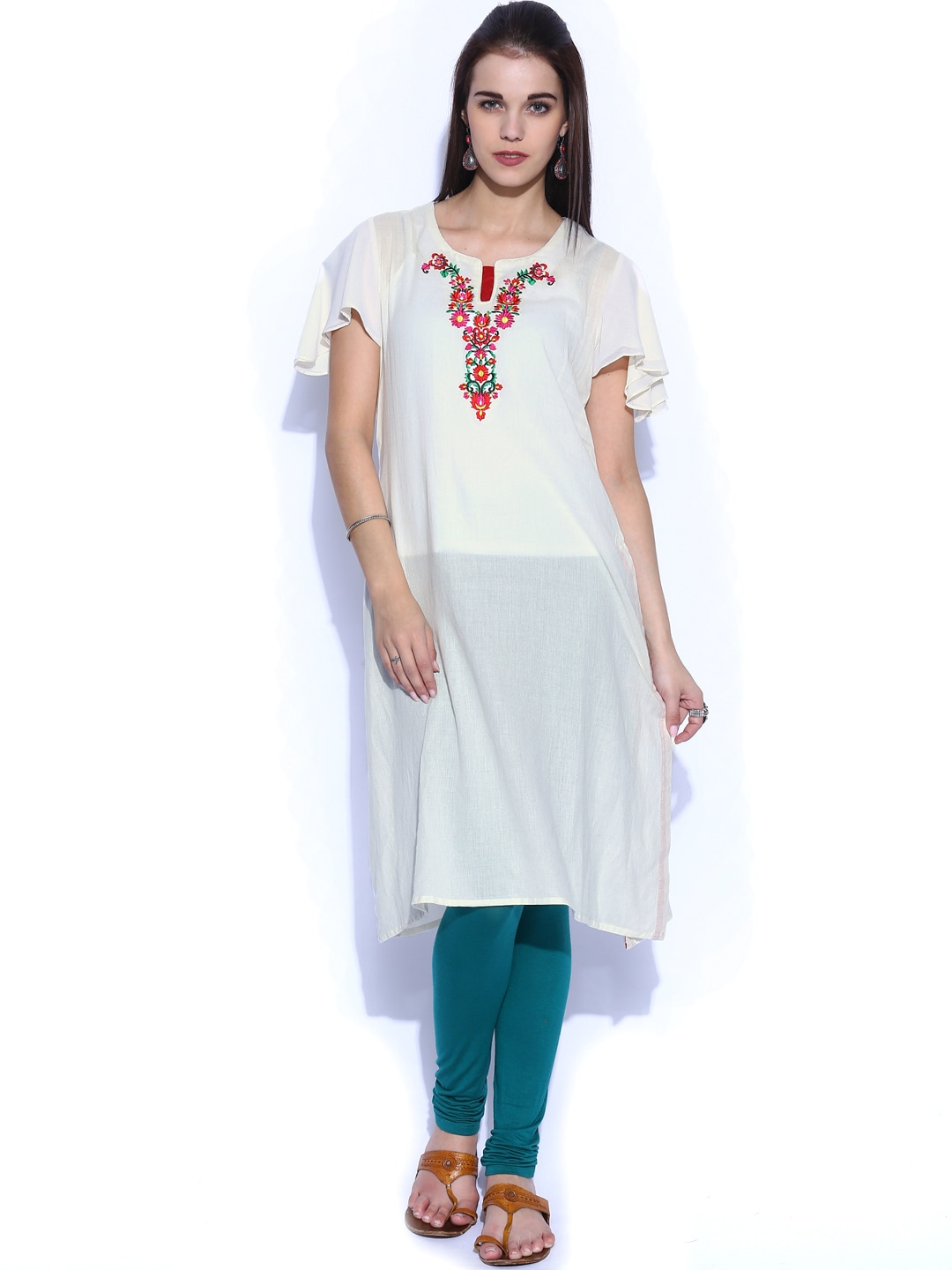 Shraddha Kapoor for IMARA Women Off-White Embroidered Kurta